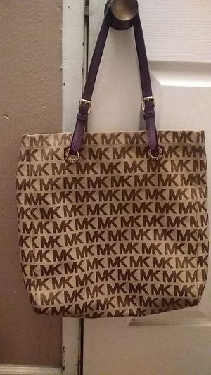 Michael Kors Tote Purse for Sale in East Wenatchee, WA
