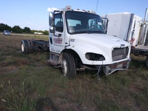 2007 freightliner m2 parting out for Sale in Red Oak, TX