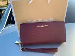 Michael Kors Jet Wallet for Sale in Dallas, TX