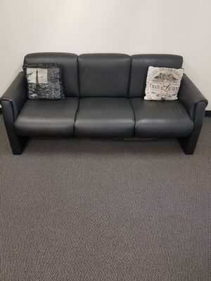 Front Office secretary desk, Leather sofa and 2 chairs for Sale in Los Angeles, CA