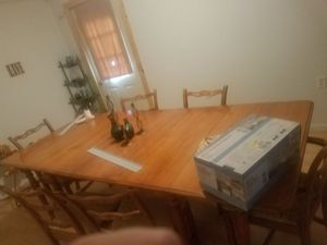 Nice Wooden Dining table for Sale in Herrin, IL