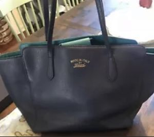Gucci navy pebbled leather purse for Sale in Greenwood Village, CO