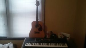 First act guitar & yamaha stereo sampling midi keyboard for Sale in Columbus, OH
