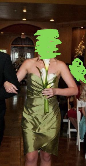 Green Bridesmaid Dress. Worn Once. Size 6. for Sale in Houston, TX