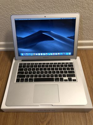 MacBook Air 13 inch 2017 1.8ghz i5 8GB 250GB Model paid unlimited programs for Sale in Brea, CA