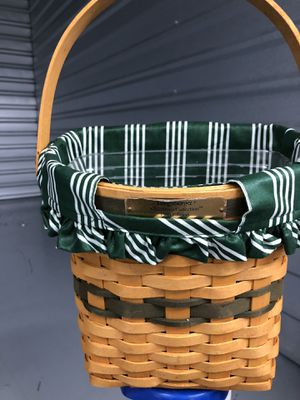 Longaberger basket liner and protector Christmas special edition Mint condition for Sale in Spring, TX