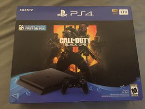PS4 1TB good condition for Sale in Stockton, CA