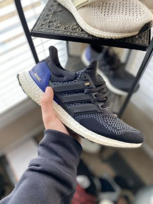 """Ultra boost 1.0 """"og"""" colorway for Sale in Suffolk, VA"""