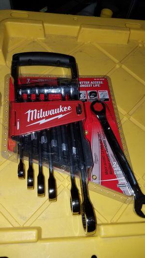 Metric Ratcheting Wrench Mechanics Tool Set 7-Piece no offers please/nuevo no ofertas x favor for Sale in Escondido, CA