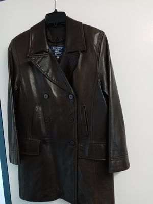 Burberry Women's Coat, Medium for Sale in Suffolk, VA