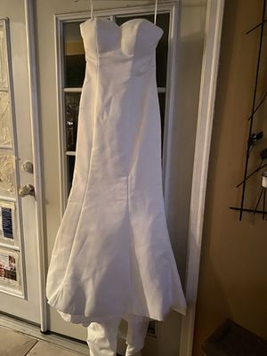 A gorgeous, simple, classic wedding dress from Anthropologie for Sale in Garden Grove, CA