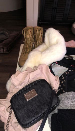 Michael Kors purse, Calvin Klein bras, Size 7 boots and over 40 pieces of clothing! for Sale in Lynnwood, WA