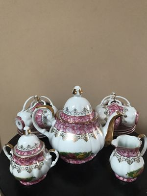 NEW 17 Piece Tea Set Fine Porcelain for Sale in Pacific, WA
