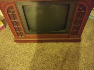 Free Free Free TV inch and 25 inch antique 📺 Tv YES THEY WORK for Sale in Las Vegas, NV