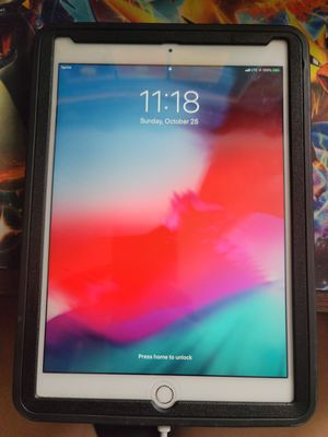 Ipad air 2 wifi and cellular sprint capable 16gb comes with case and charging cord for Sale in Bellflower, CA