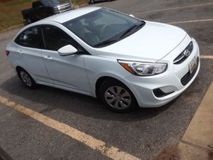 Hyundai accent, 2016 for Sale in Parkville, MD