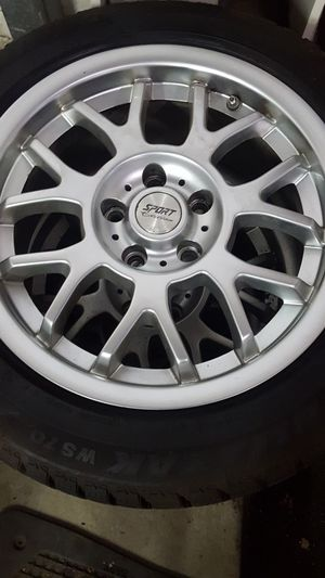 Volvo snow tires for Sale in Cardington, OH