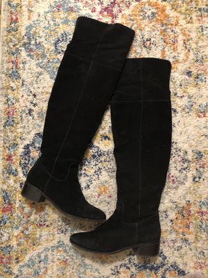 Steve Madden over the knee suede boots, size 8 for Sale in Boston, MA