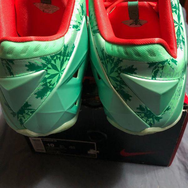 Nike Lebron XI Christmas men's size 10