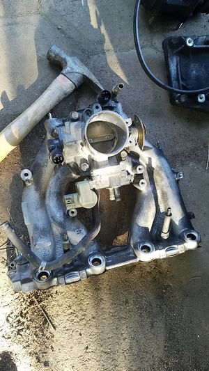 Honda obd2 d16y7 intake manifold throttle body P2A civic ek ej del sol eg1 for Sale in Wildomar, CA