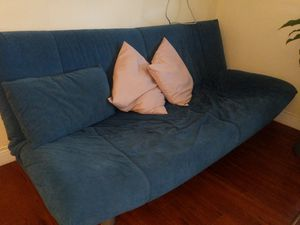 Futon couch for Sale in Coral Gables, FL