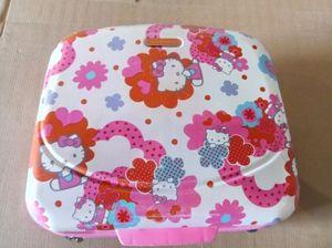 Maleta de Hello Kitty / Child Hello Kitty suitcase for Sale in Miami, FL