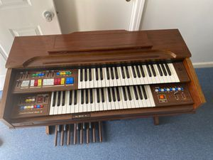 Organ for Sale in Morehead City, NC