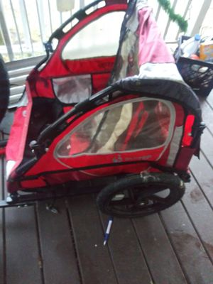 Pull behind bike trailer for kids for Sale in Lincoln Park, MI