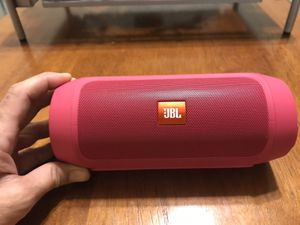 JBL Charge 2 Pink for Sale in Ellsworth, WI