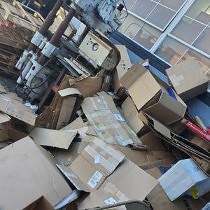 Free Cardboard for Sale in San Bernardino, CA