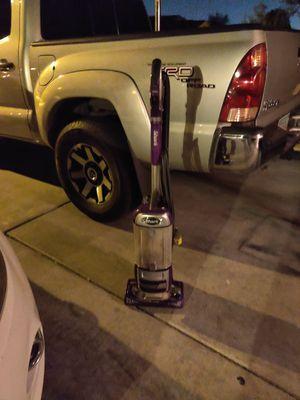 Shark vacuum for Sale in Goodyear, AZ