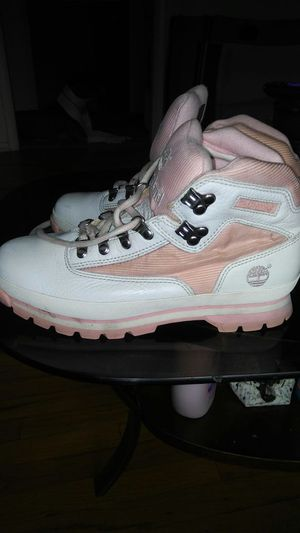 Pink and white womens Timberlands size 9.5 for Sale in South Salt Lake, UT