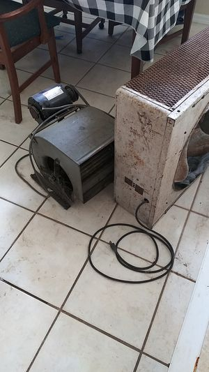 2 older industrial fans for Sale in Spring Hill, FL