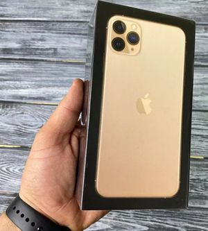 Unlock iPhone 11Pro Max for Sale in Lancaster, CA