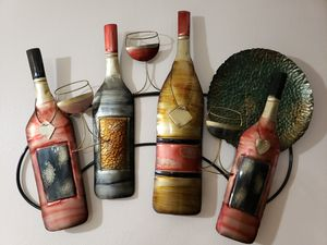 Nice Metal Wall Decor For Wine Lovers!!- Decoracion de Metal for Sale in Houston, TX