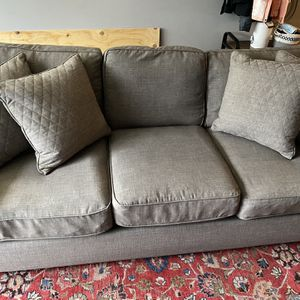 Comfortable Grey Couch for Sale in Milwaukie, OR