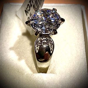 Beautiful CZ SS Engagement Dinner Wedding Ring for Sale in Camano, WA