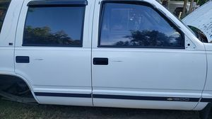1995 Chevy Tahoe parting out for Sale in Gig Harbor, WA