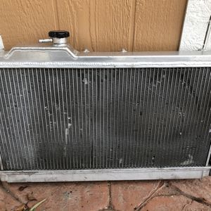 Miata 2 Row Radiator for Sale in Glendale, CA