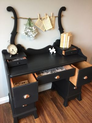 Vanity / Desk **Weekend Sale ** for Sale in Kenmore, WA