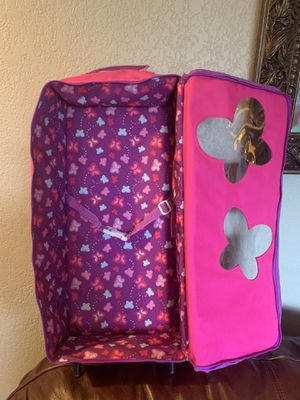 Doll carrier suitcase for American Girl Dolls for Sale in Lynnwood, WA