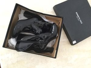 Kenneth Cole (wet look) Soo cute for Sale in Poway, CA