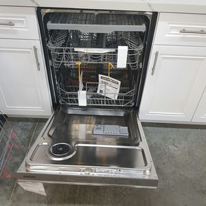 SAMSUNG Dishwasher Stainless for Sale in Ontario, CA