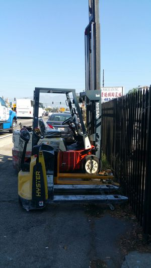 2017 Hyster electric pallet jack for Sale in South El Monte, CA
