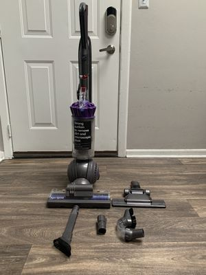 Dyson Ball Animal Upright Vaccum for Sale in Naperville, IL