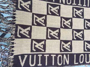 Louis Vuitton scarf. for Sale in La Puente, CA