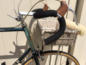 Vintage RALEIGH USA Touring Road Bike TALL 62 cm for Sale in Murfreesboro, TN