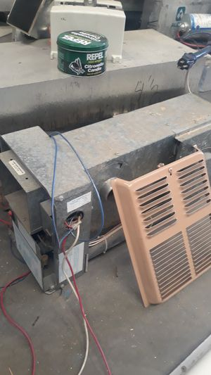 Lance cabover camper heater propane for Sale in Phelan, CA