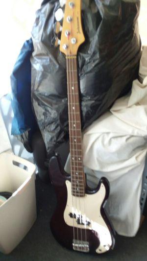 BASS N GUITAR (BAJO Y GUITARRA) for Sale in Las Vegas, NV