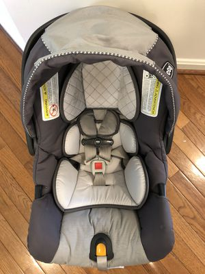 Chicco KeyFit 30 Infant Car Seat - Moonstone for Sale in North Potomac, MD